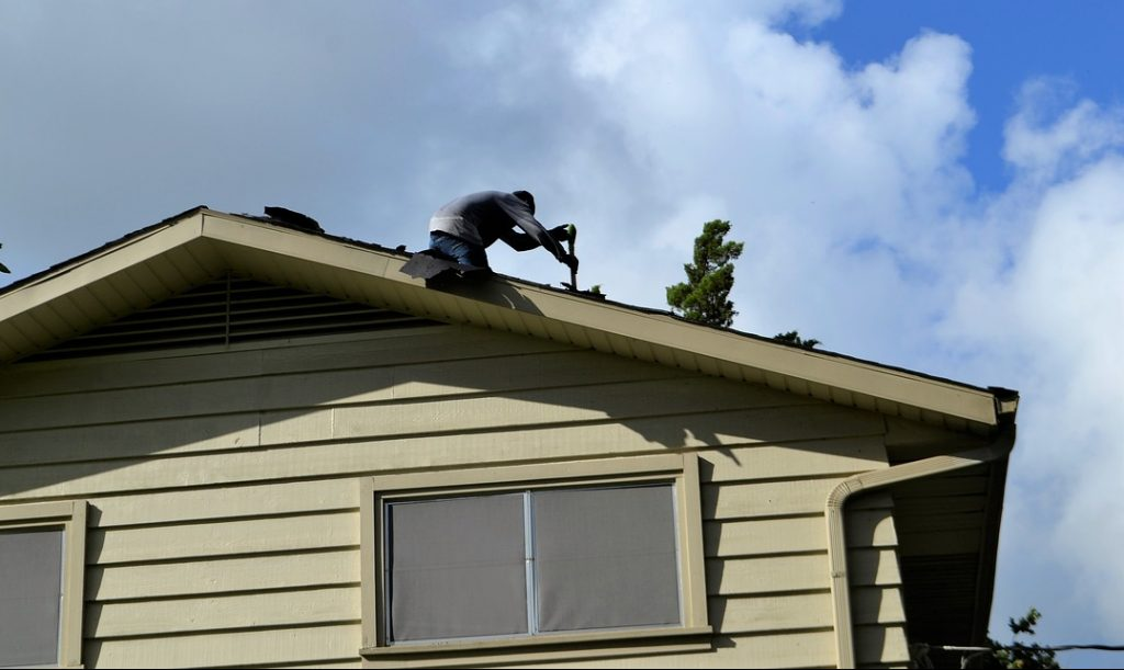 Becoming A Roofing Contractor